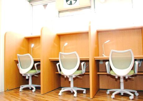 リクライニング個室(2席)